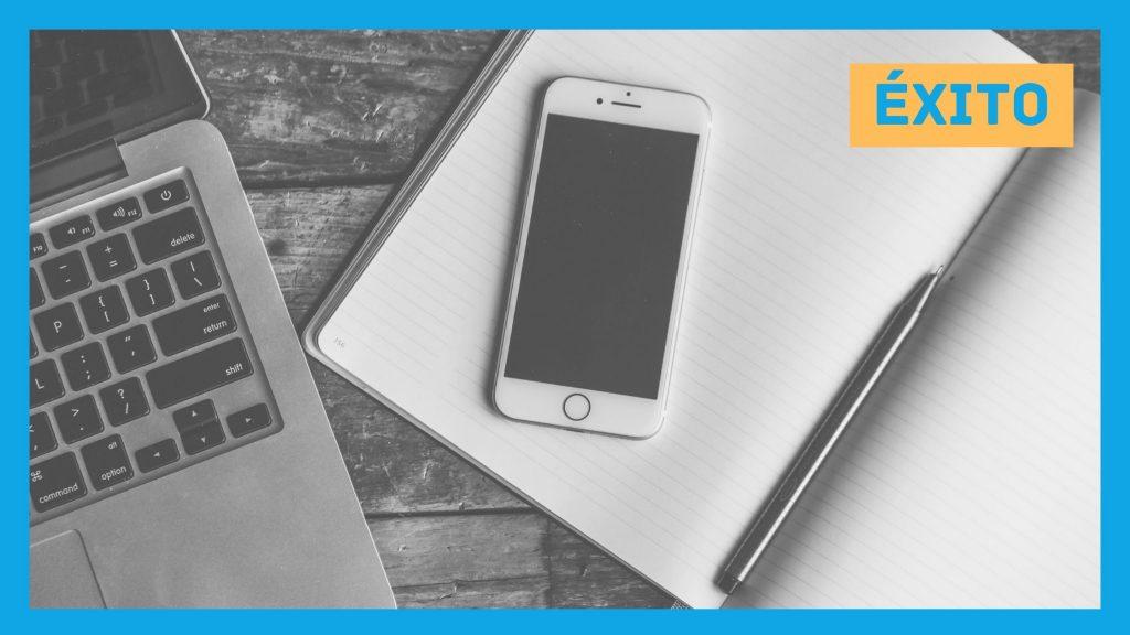 Portátil y móvil para hacer que tu negocio tenga éxito con copywriting